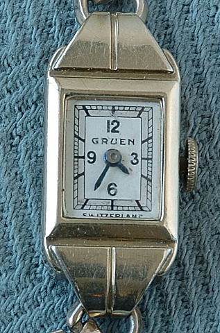 Antique Lady's Gruen Wristwatch circa 1930's