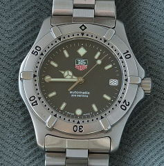 Tag Heuer automatic 200 meters dive watch