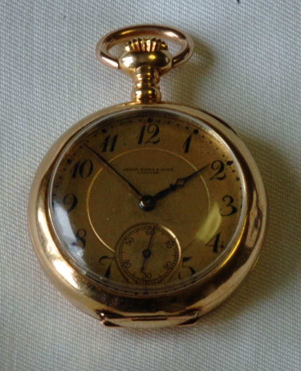 5520 birks antique 18k gold pendant watch circa 1911 a trebors 5520 birks antique 18k gold pendant watch circa 1911 mozeypictures Images