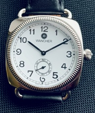 Wancher automatic with display back
